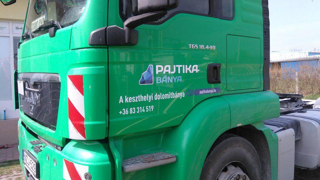 Pajtika Bánya - Kamion dekoráció